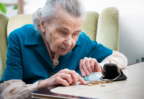 Old Lady Counting Her Pennies_Depositphotos_15682973_s-2015.jpg