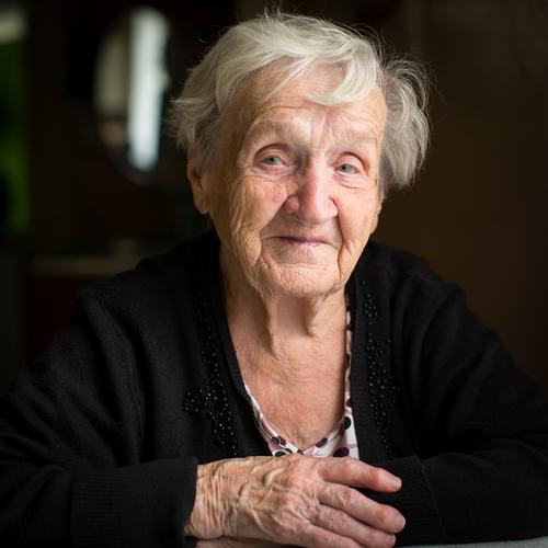 Pension-Lawyer-Sad Old Lady Dressed in Black_Depositphotos_135800966_s-2015.jpg